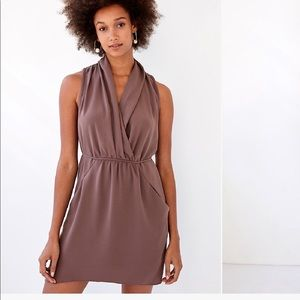 Aritzia Wilfred Sabine Dress